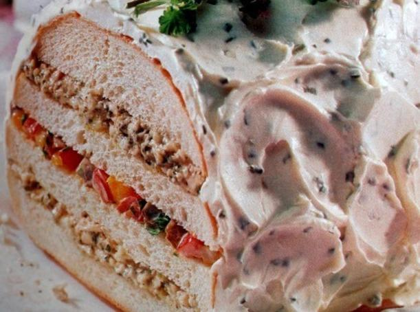 Pesto Chicken and Roasted Vegetable Sandwich Loaf Recipe ...