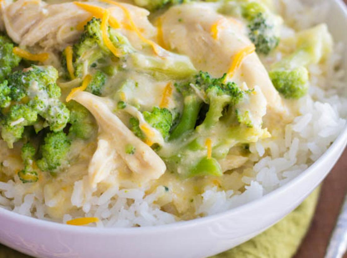 Slow Cooker Creamy Chicken and Broccoli Over Rice   The Recipe Critic ...