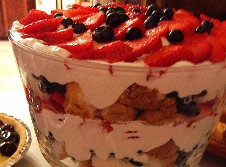 Angel Food Cake Strawberry Blueberry Trifle
