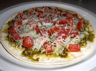 Pesto Chicken Pizza (Low Carb) Recipe