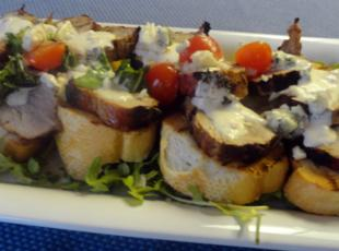 Cowboy Pork Tenderloin on Texas Toast with Horseradish Ranch Sauce Recipe