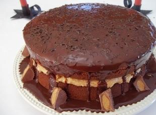 Chocolate Peanut Butter Blitz Cake - Cassies Recipe