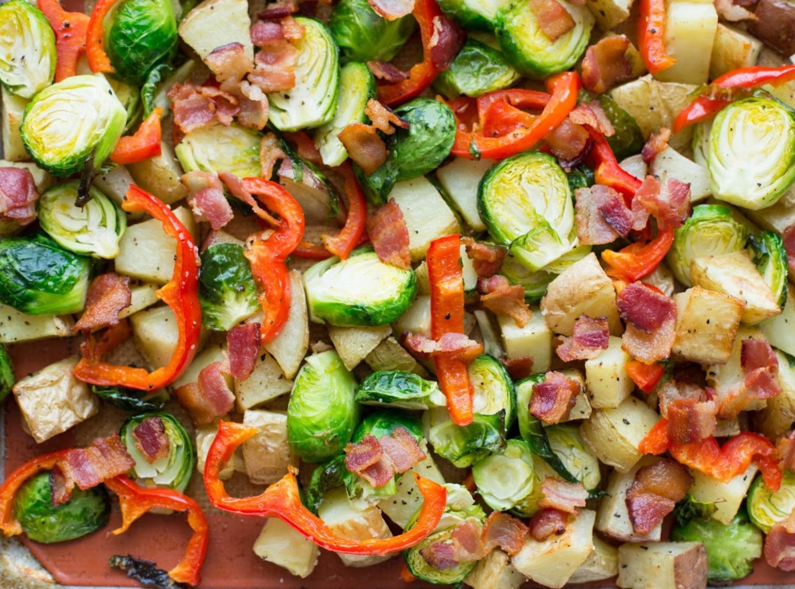 Roasted Potatoes with Brussels Sprouts, Red Pepper and Bacon Recipe ...