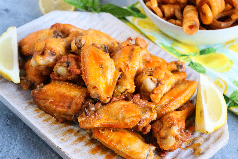 Linda's Hot Lemon-Herb Chicken Wings