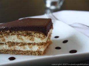 YUMMY Eclair Cake! Oh my! Recipe