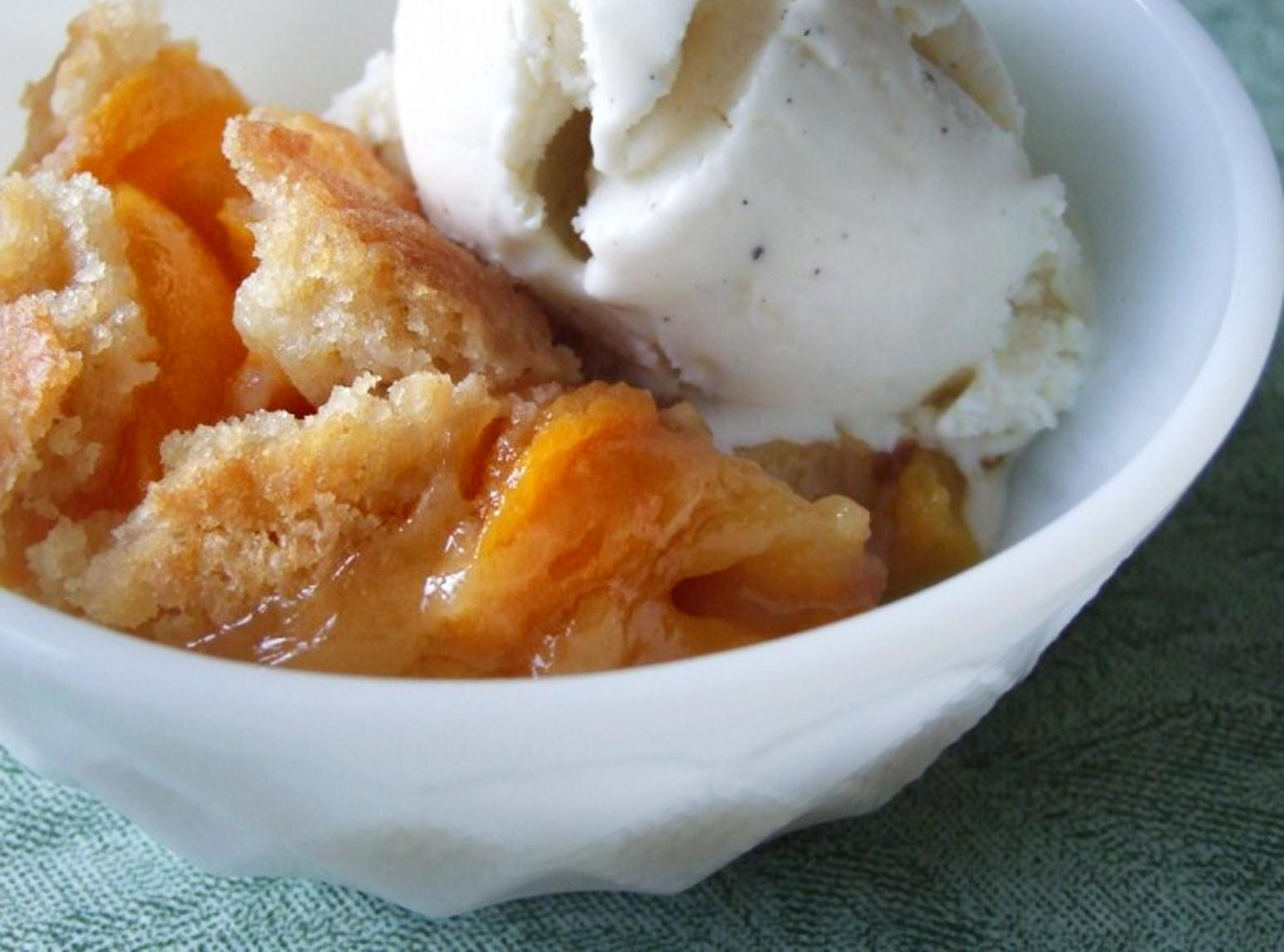 Easy Peach Cobbler Recipe 3 | Just A Pinch Recipes