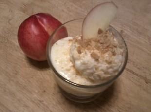 Ginger-Peach Frozen Yogurt w/Gingersnaps Recipe