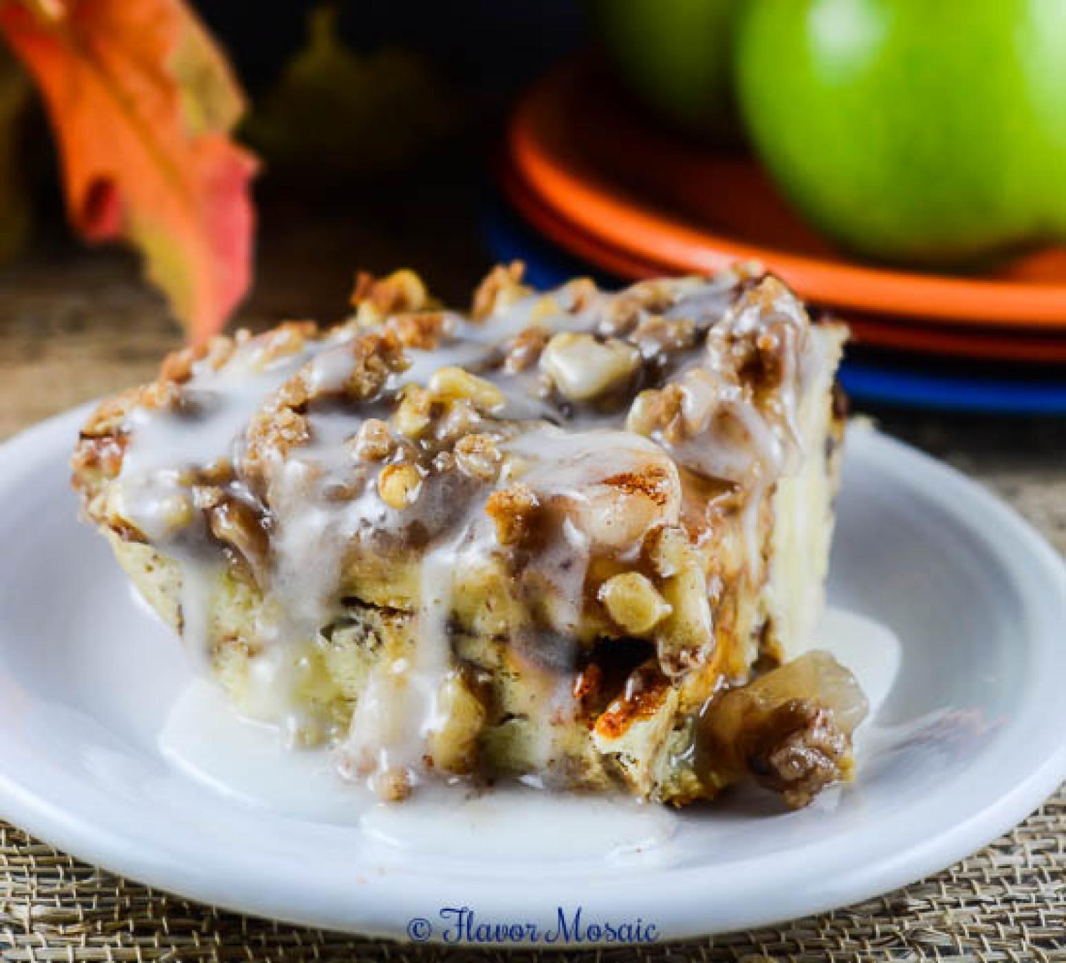 Cinnamon Apple Pie Bread Pudding Recipe | Just A Pinch Recipes