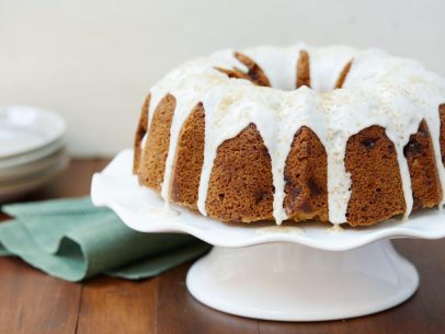 Apple Spice Bundt Cake With Rum Glaze