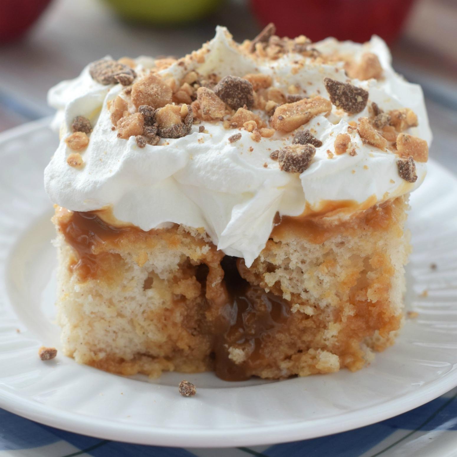 Caramel Topping Apple Cake