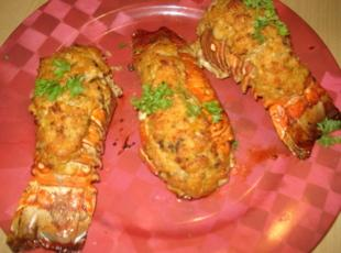Stuffed Lobster Tails, Cola's de Langosta Rellenas Recipe