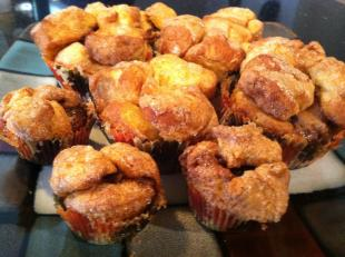 SNICKERS N MILKY WAY MONKEY BREAD MUFFINS Recipe