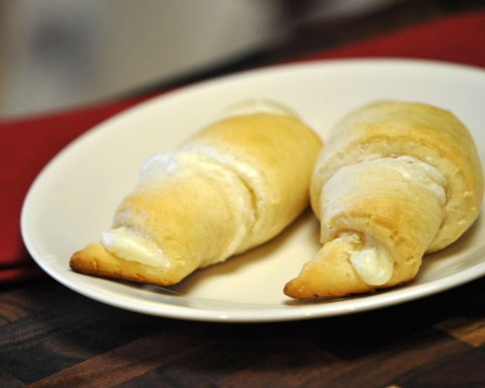 cheese crescent rolls