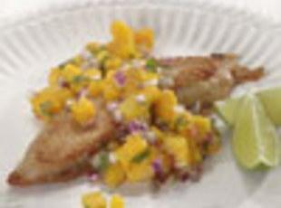 Grilled chicken with Mango or Pineapple Salsa Recipe