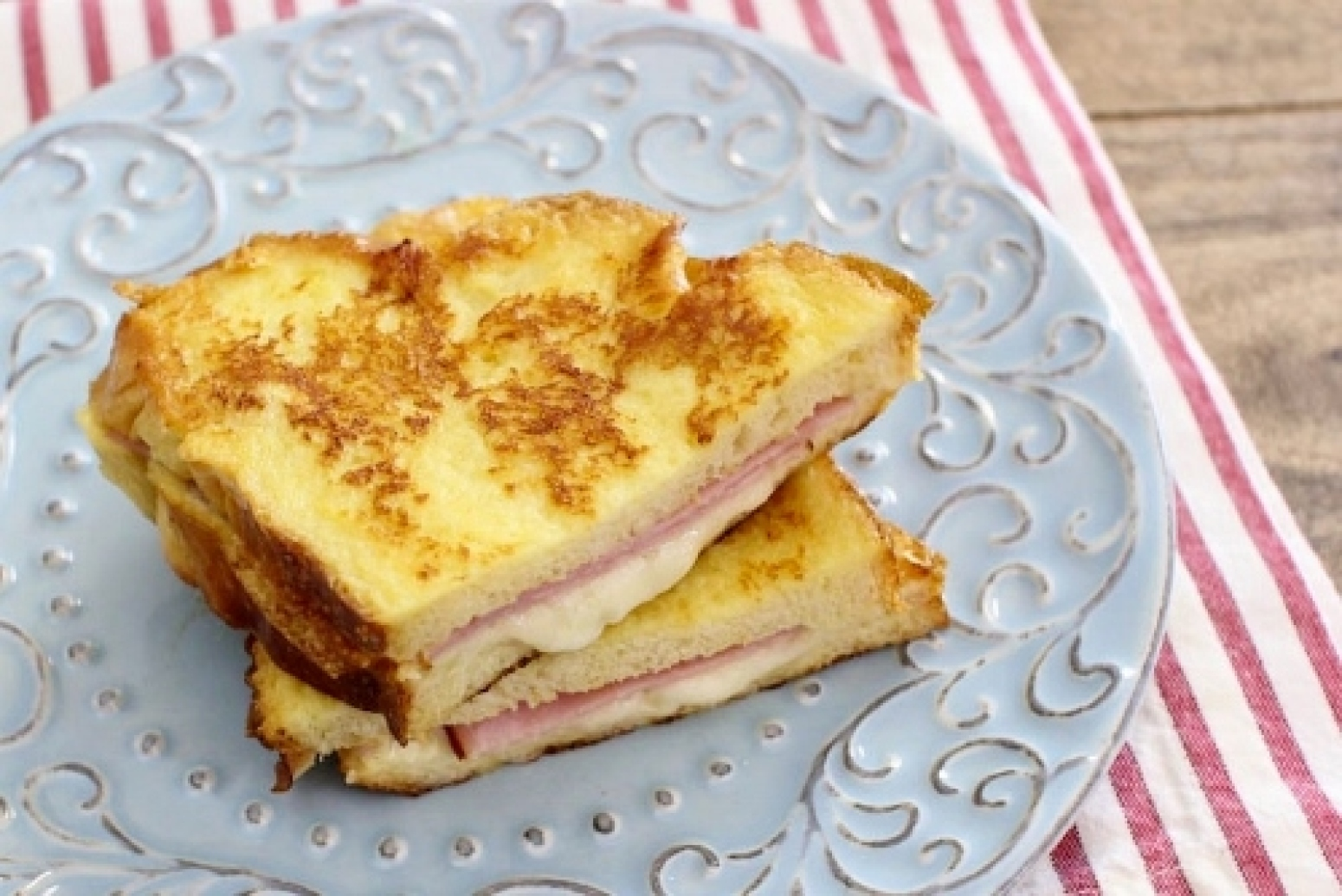 monte cristo sandwiches croque monsieur recipe just a pinch recipes. Black Bedroom Furniture Sets. Home Design Ideas