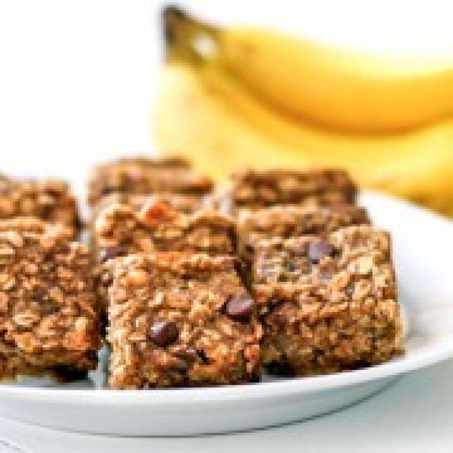 Peanut Butter Banana Chocolate Chip Oatmeal Bars Recipe | Just A Pinch ...