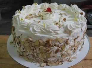 ITALIAN RUM CREAM CAKE  by Freda Recipe