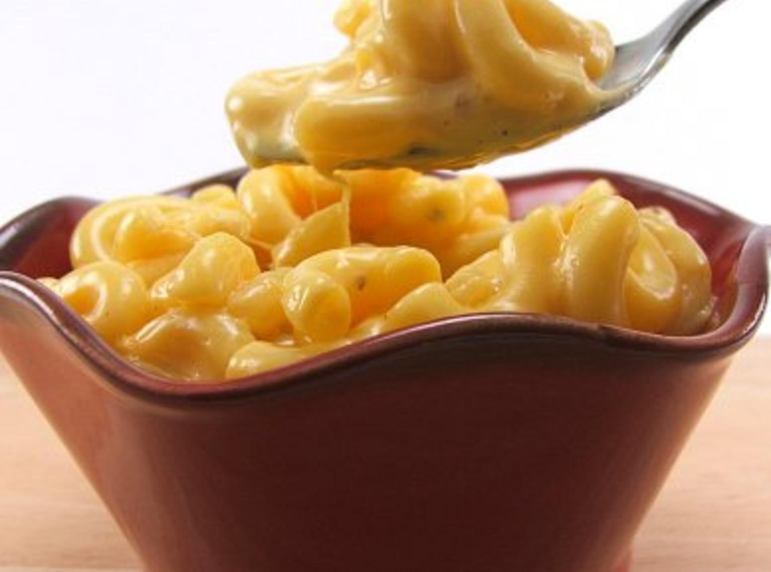 Easy creamy mac n cheese Recipe | Just A Pinch Recipes