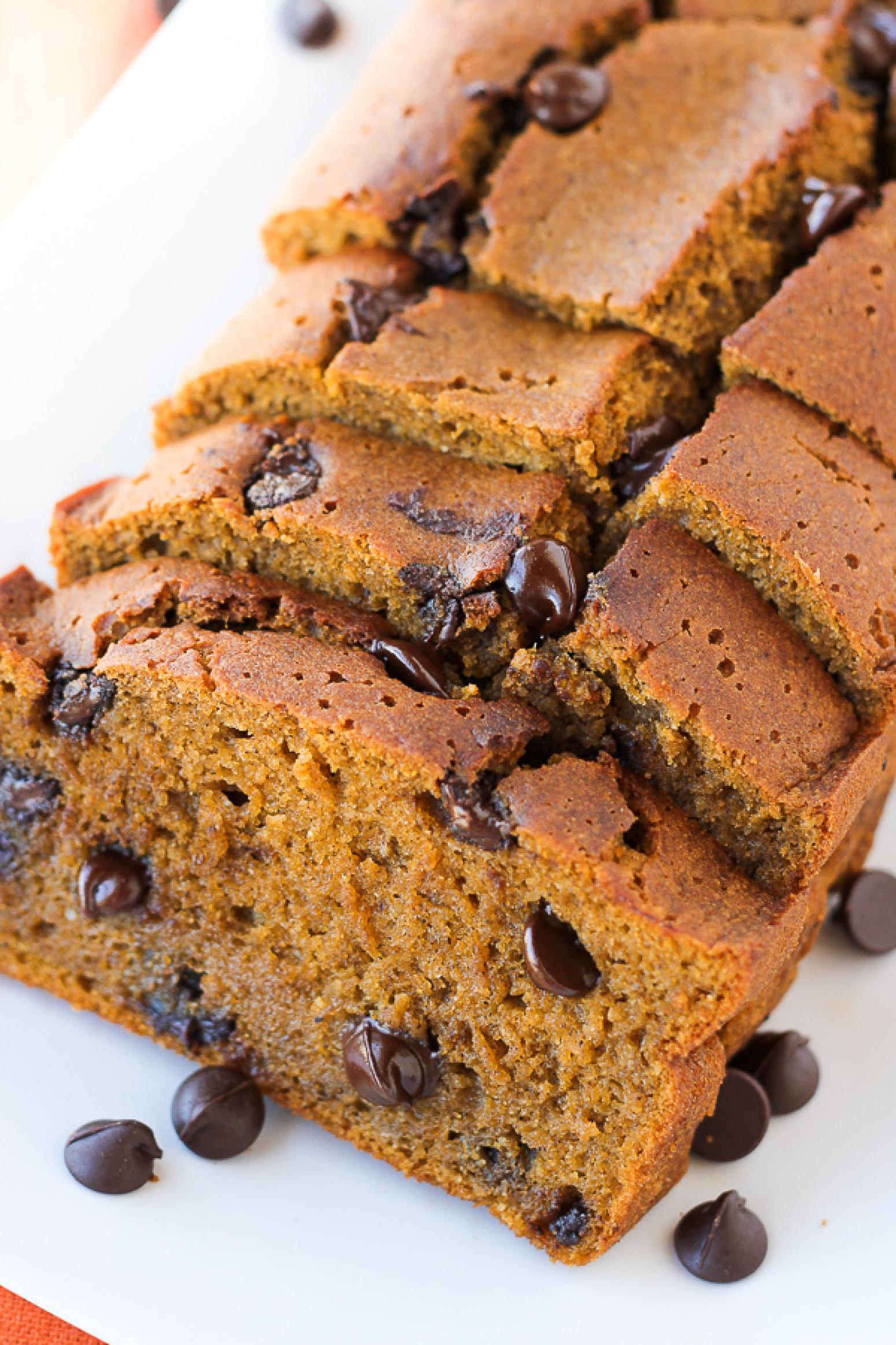 The Best Gluten-Free Pumpkin Chocolate Chip Bread {Maple ...