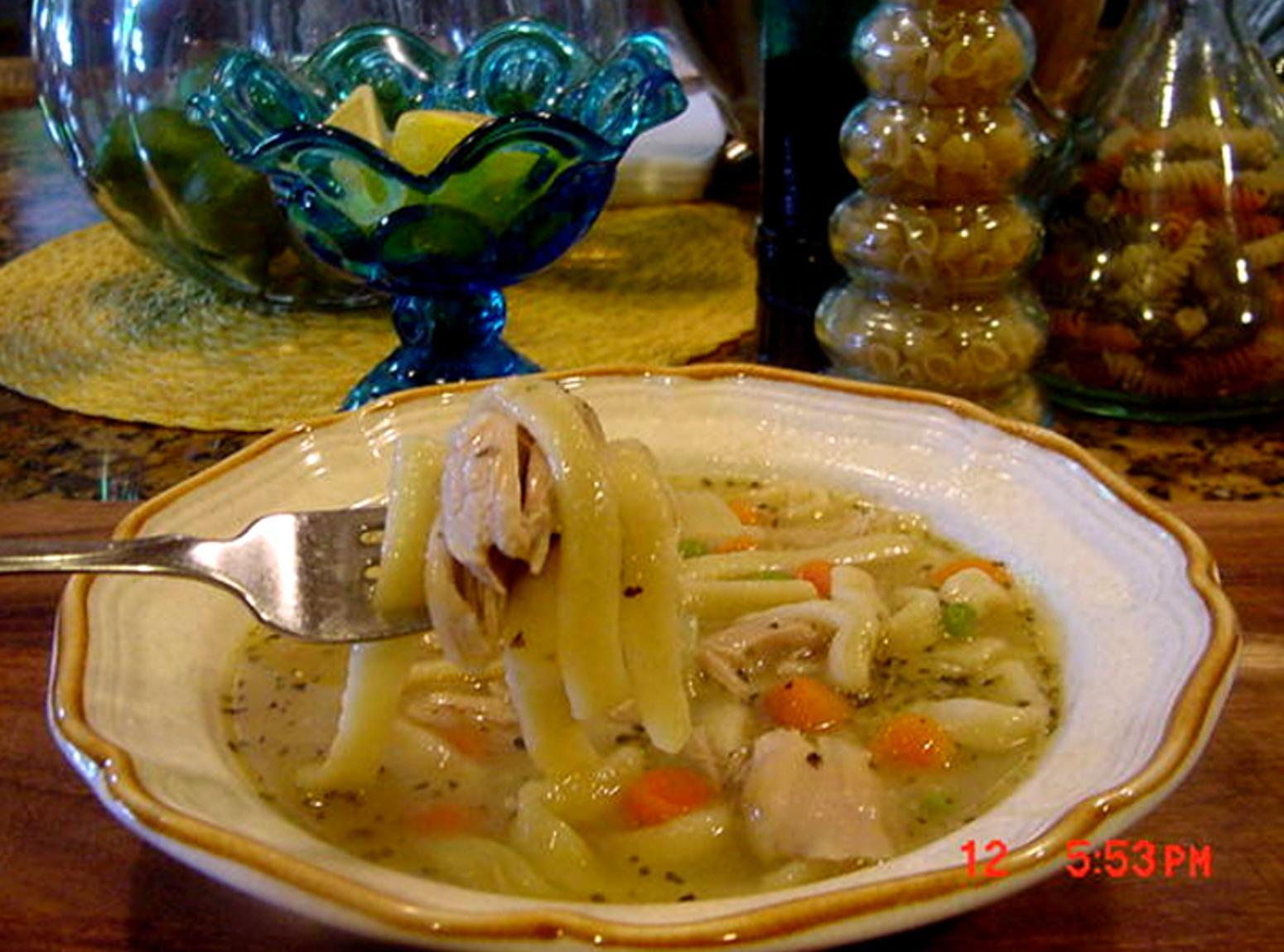 GRANDMA'S CHICKEN NOODLE SOUP - BONNIE'S Recipe