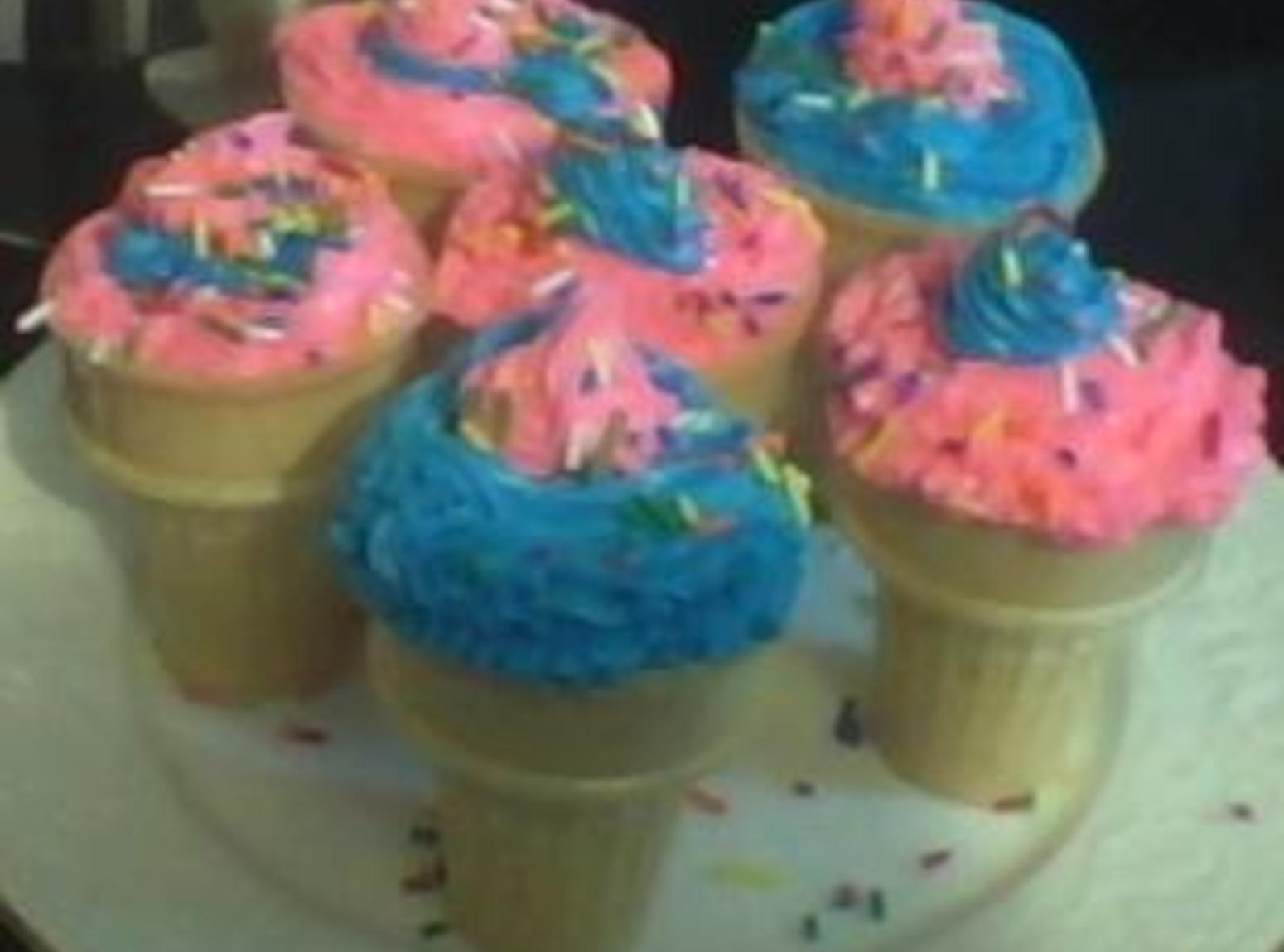 Peanut Butter and Pumpkin Ice Cream Cone Cupcakes Recipe