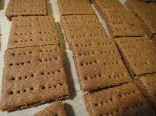 Homemade Graham Crackers Recipe
