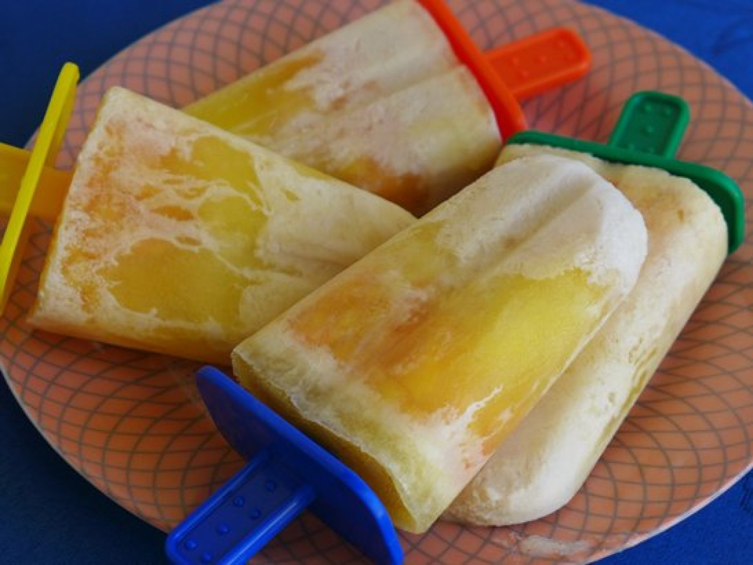 Peaches and Cream Pops Recipe | Just A Pinch Recipes