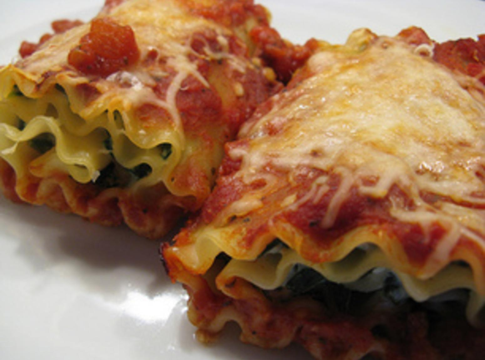 Spinach Lasagna Roulade Recipe