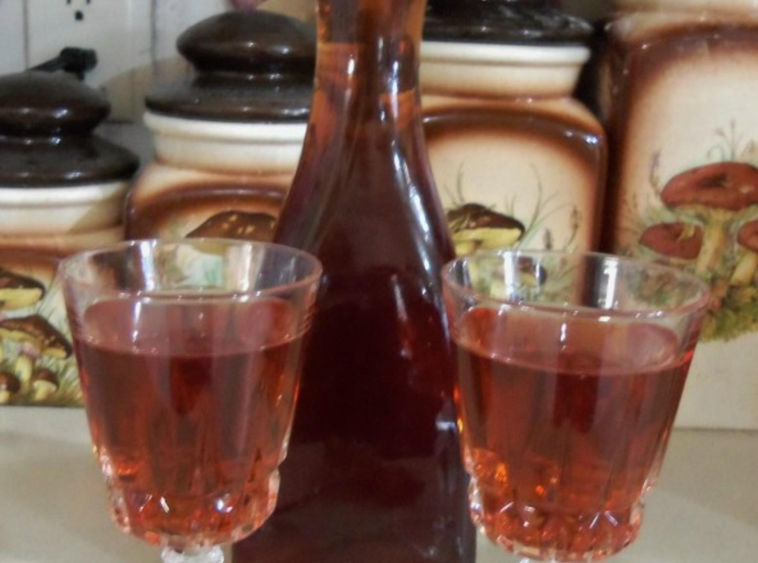 PAW-PAW & NANA'S HOMEMADE GRAPE WINE Recipe