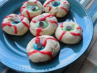 Spooky Eyeball Cookies