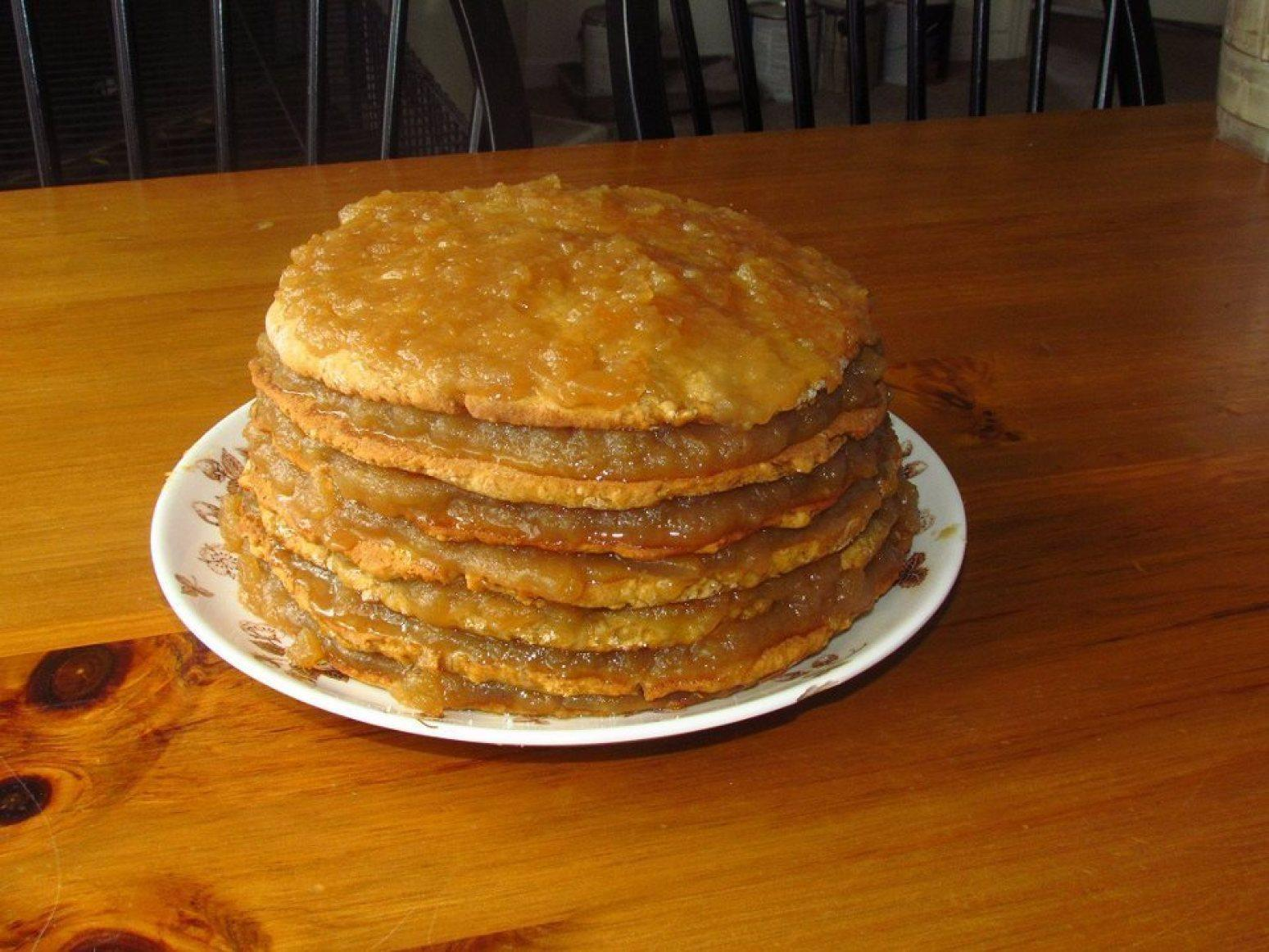 Old-Fashioned Stack Cake with Appalachian Apple Butter Filling Recipe