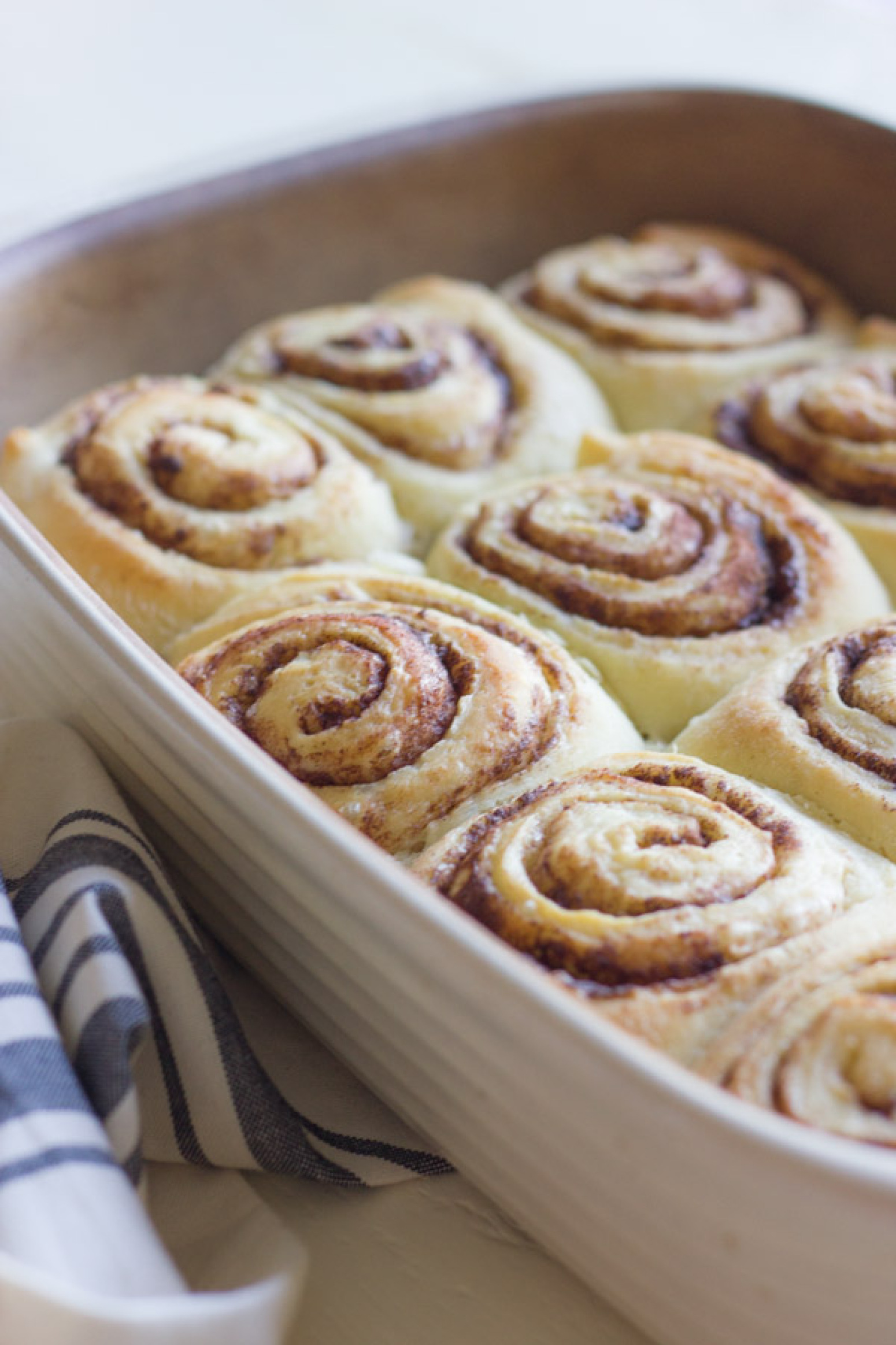 Overnight Cinnamon Rolls With Cream Cheese Frosting Recipe 2 | Just A ...