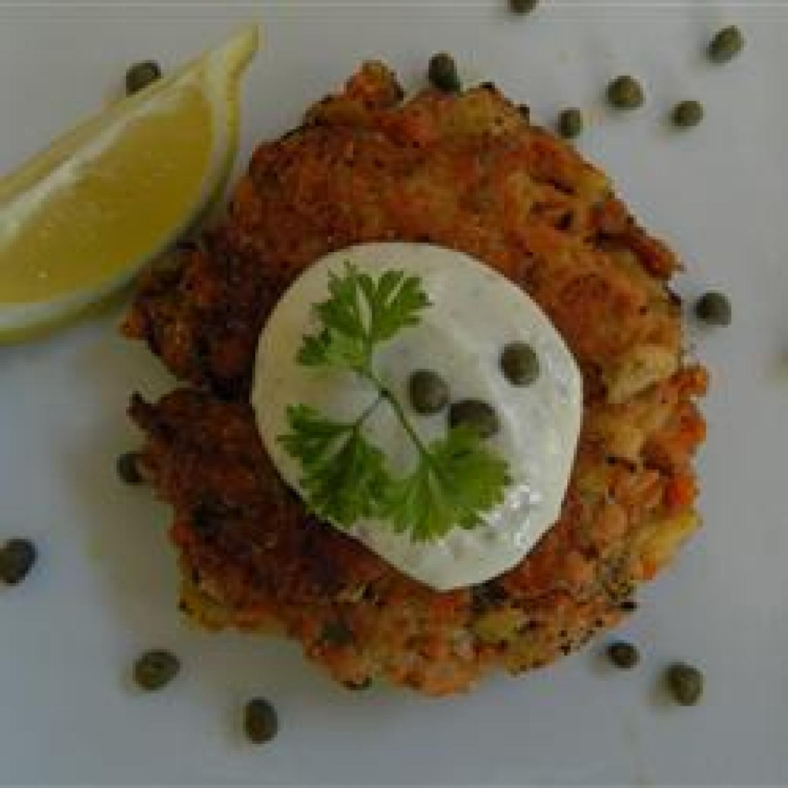 How To Make Salmon Cakes Using Canned Salmon