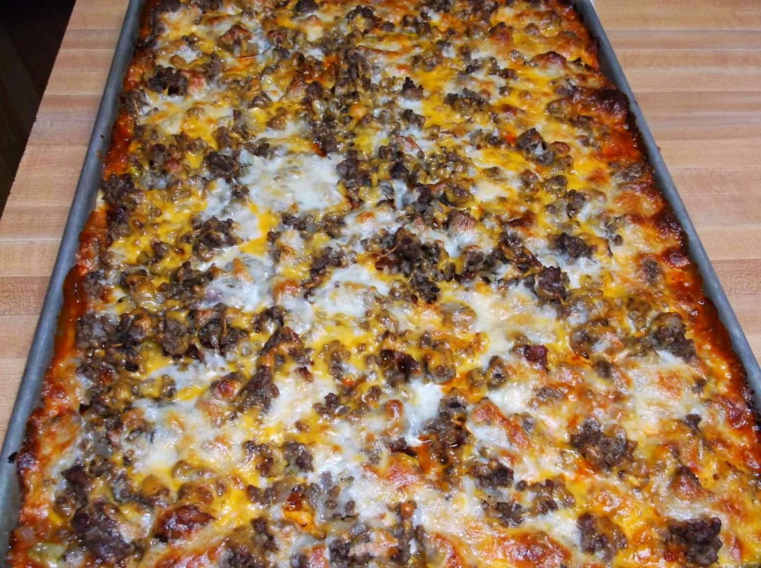 Bacon cheeseburger sheet pan pizza recipe just a pinch recipes