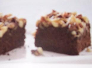 3 Nut Chocolate Upside-Down Cake Recipe