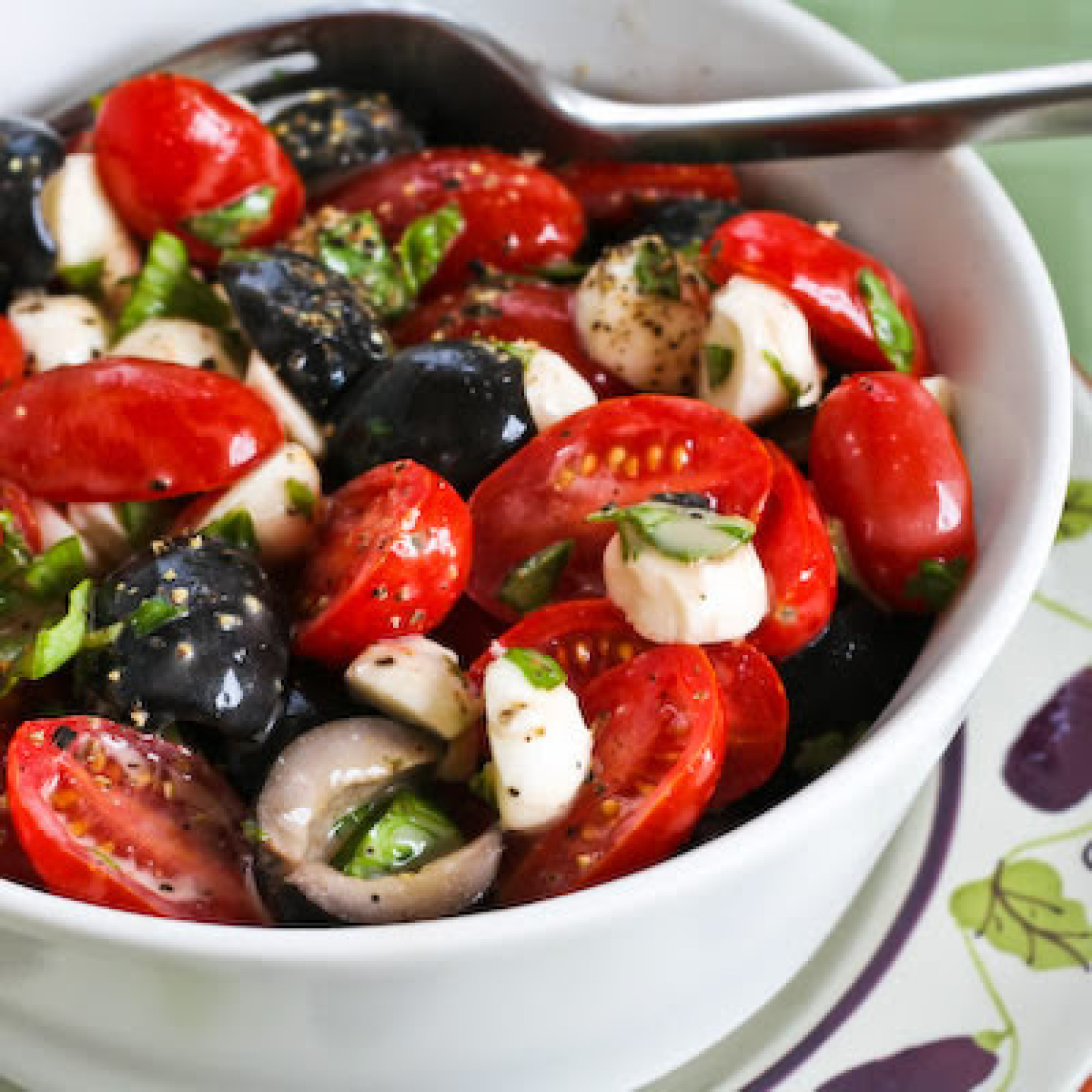 Tomato, Olive, and Mozzarella Salad with Basil Vinaigrette ...