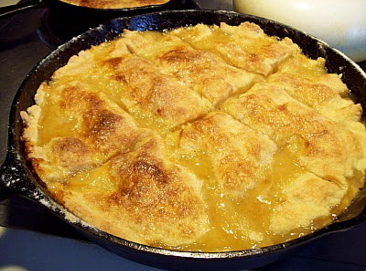 APPLE PANDOWDY an Early COLONIAL Desert -(PIE) from the PENN. DUTCH ...