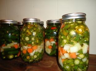 Pickled Jalepenos, Carrots and Onions Recipe