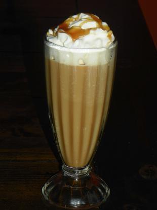 Caramel Macchiato - Like Starbucks Recipe