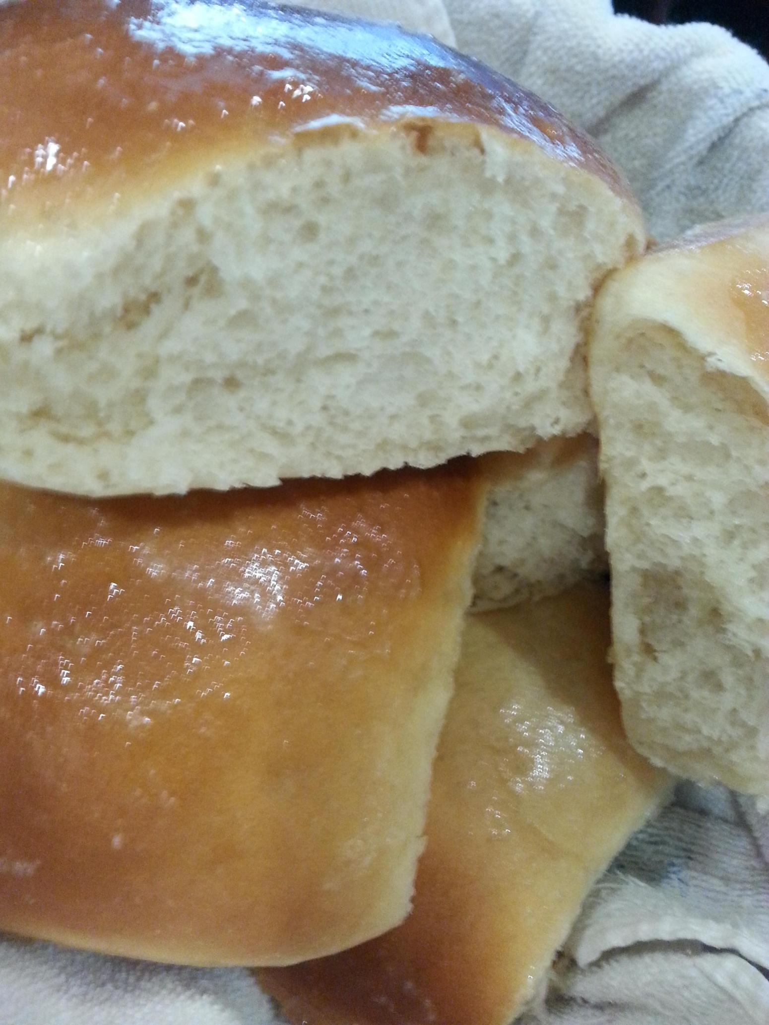 how to make fluffy bread rolls
