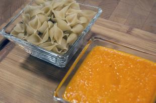 Four-Ingredient Tomato Sauce