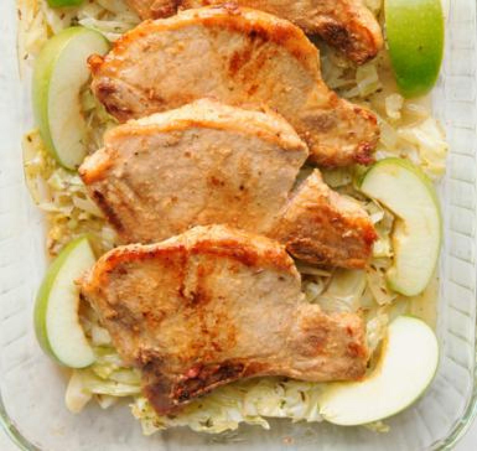 Easy Baked Pork Chops with Apples, Cinnamon, and Brown Sugar Recipe ...