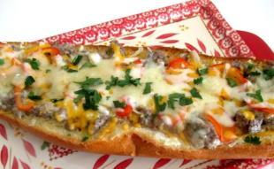 ~ Cassies  Cheesy Stroganoff Sandwich ~ Recipe