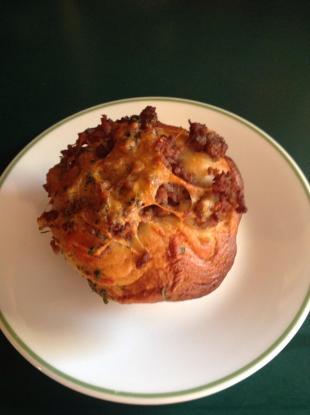Easy Ground Beef & Cheddar Muffins Recipe