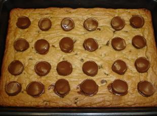 Chocolate-Stuffed Peanut Butter Brownies
