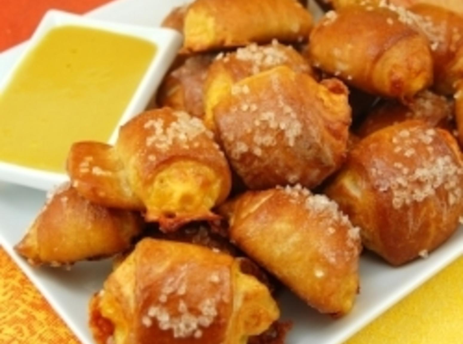Cheese-Stuffed Pretzel Bites Recipe