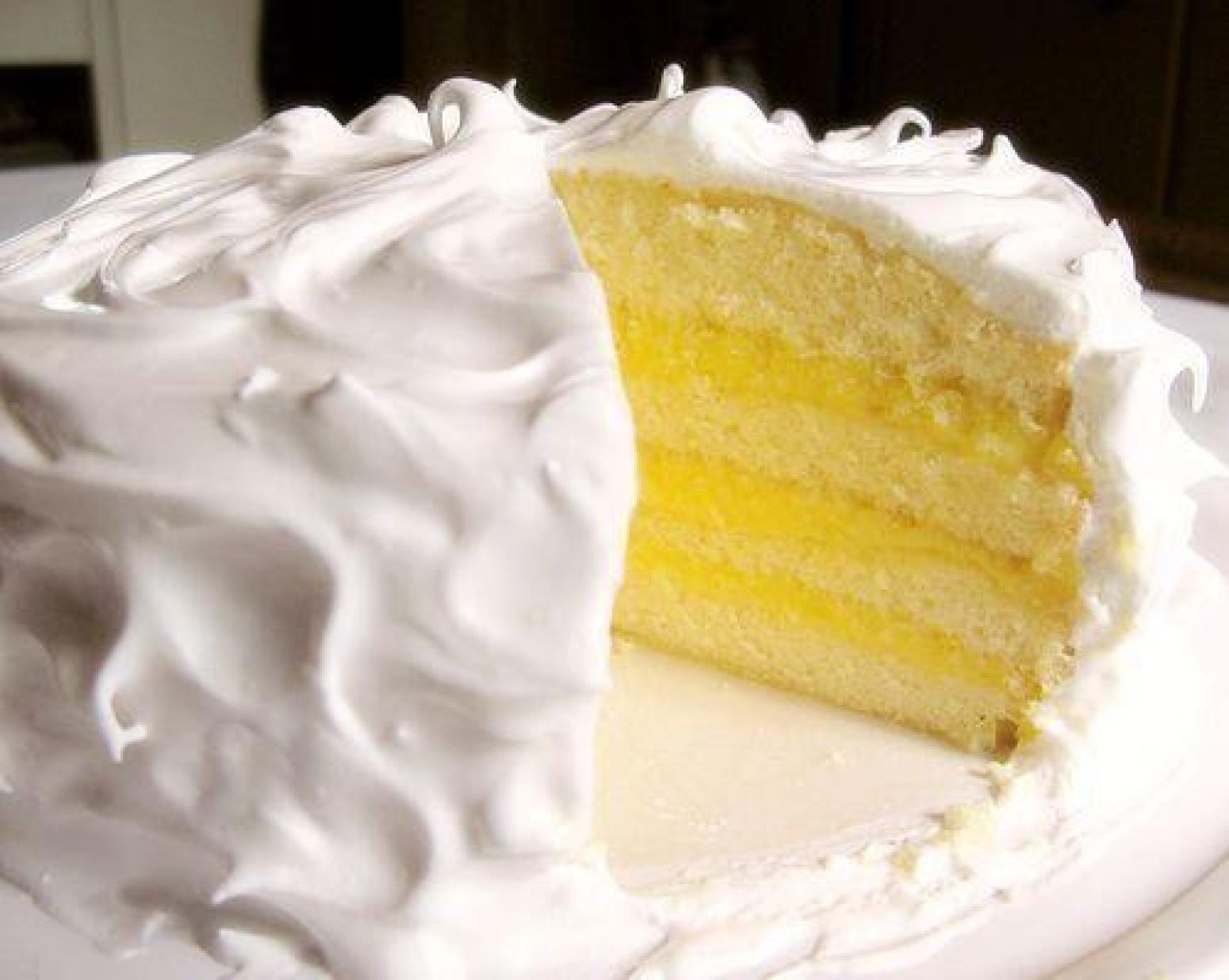 White Layer Cake With Pineapple Filling