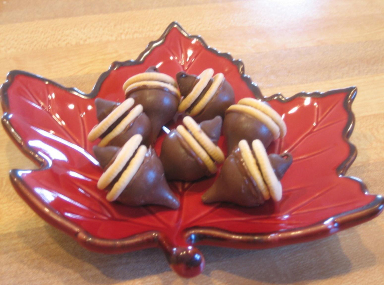 Candy Kiss Acorns Recipe