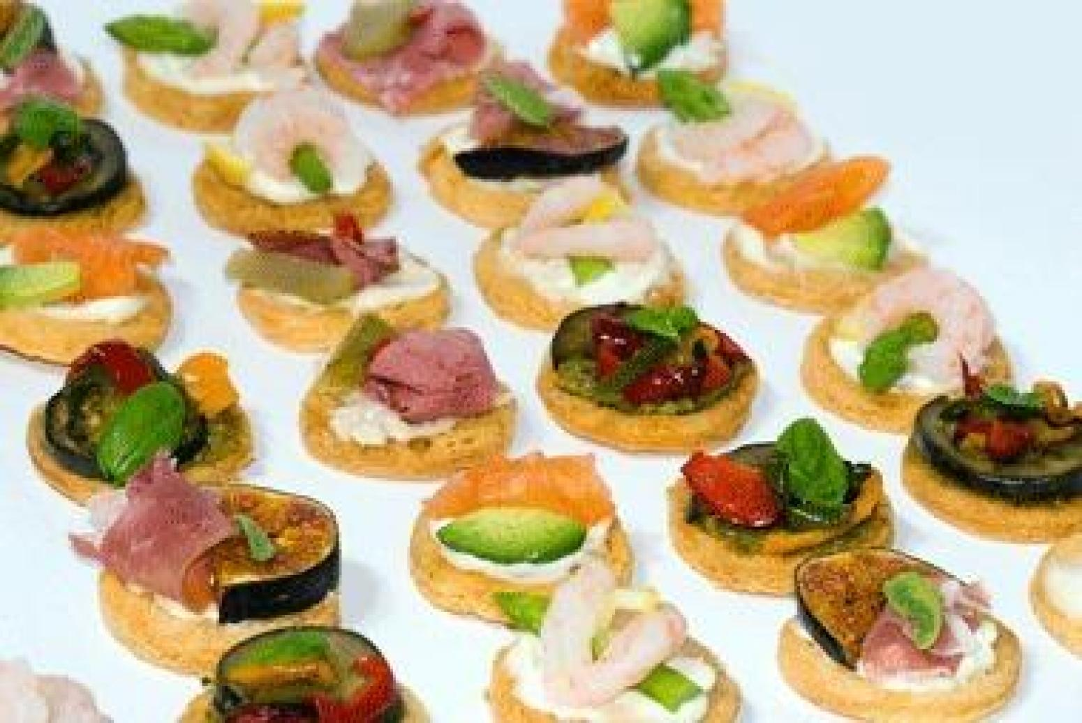 Canap s recipe 101 just a pinch recipes for Canape hors d oeuvres difference