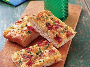 Swiss Cheese Bread Wedges Recipe